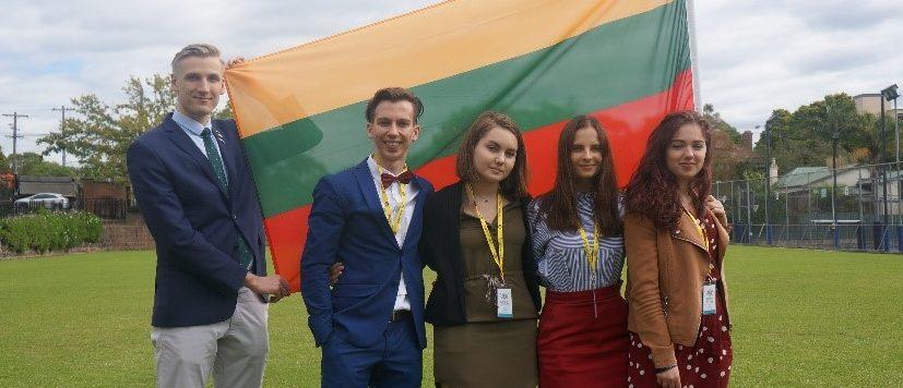 Jaunimo iniciatyvos viešajame kalbėjime skatinimas atveria naujas galimybes lietuviams